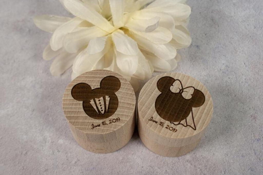 Alianzas de boda en cajitas Mickey & Minnie